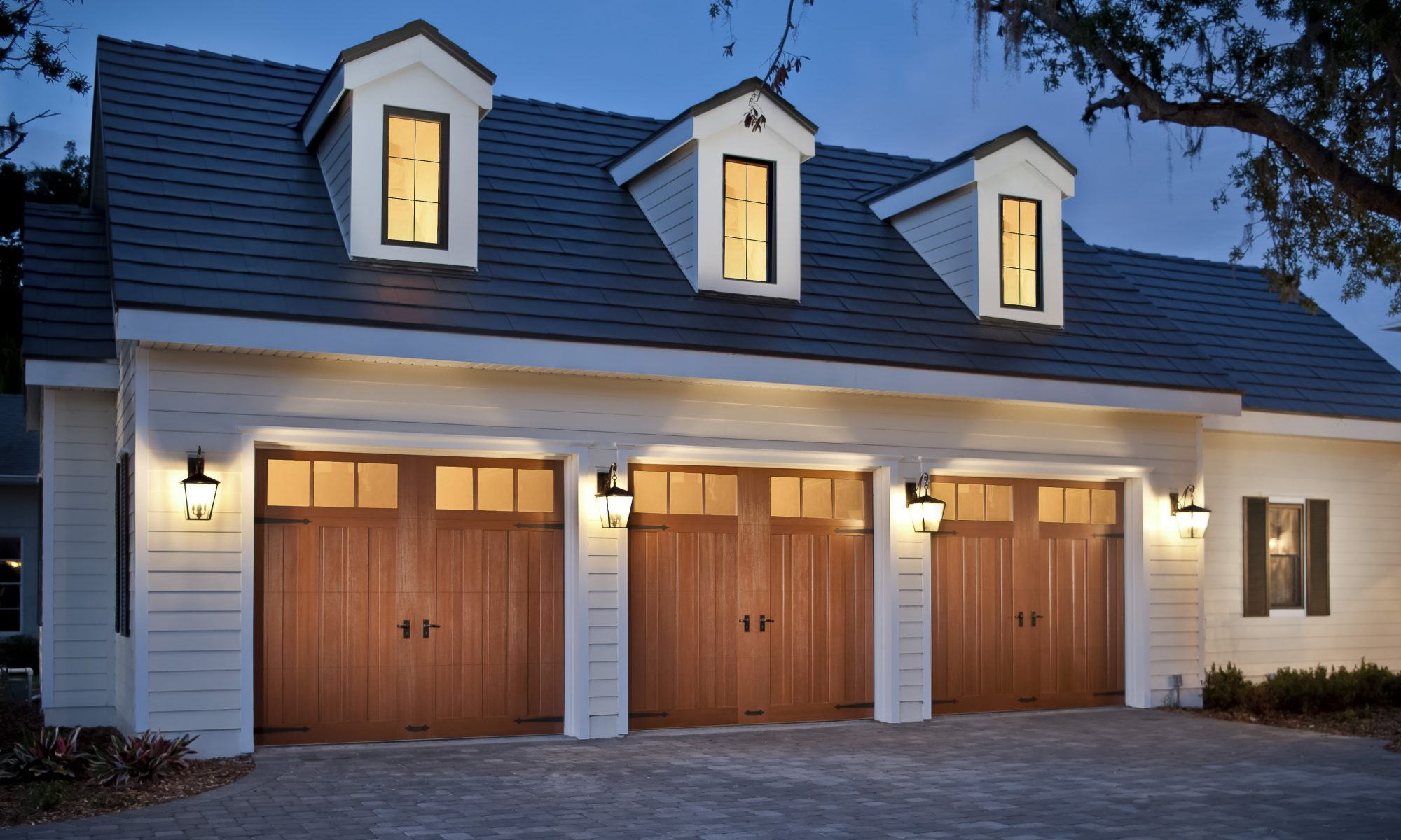 Superbe Garage Doors Melbourne, FL | Garage Door Repair Merrit ...
